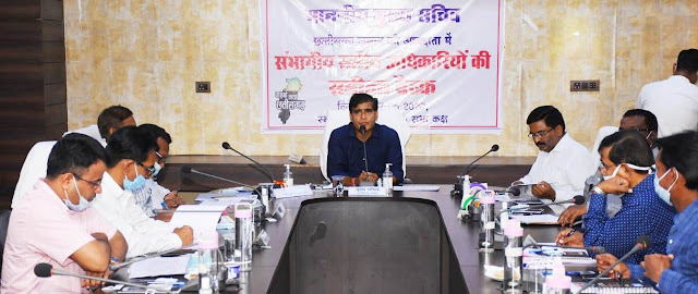 Chief Secretary gave instructions to make ten ashram hostels in all districts of Bastar division