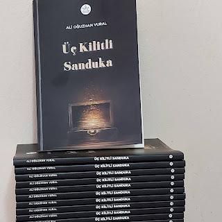 Ali Oğuzhan Vural, Üç Kilitli Sanduka, Elpis Yayınları