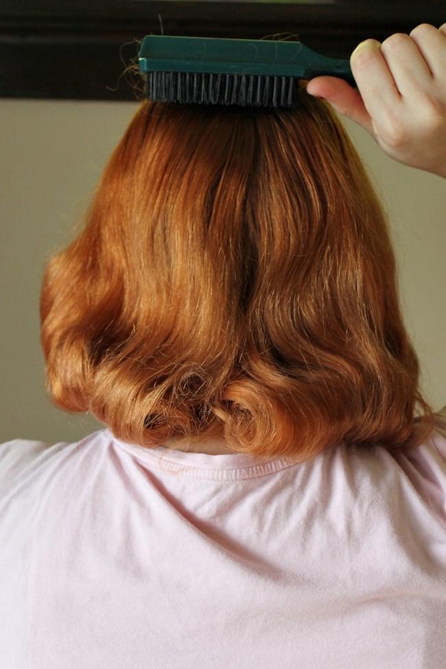 how to get Bettie Page Dita Von Teese vintage pageboy hair