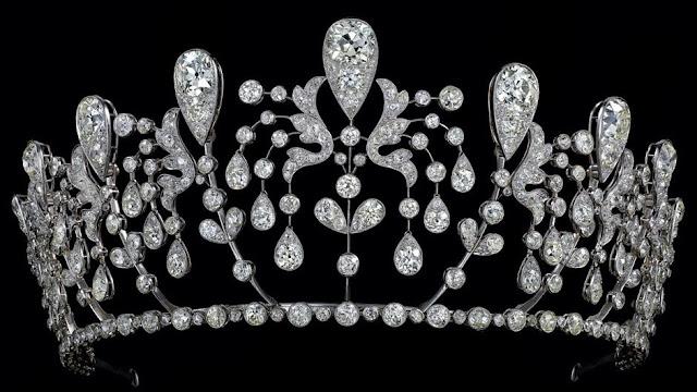 bourbon parma tiara chaumet princess hedwige diamond fuchsia
