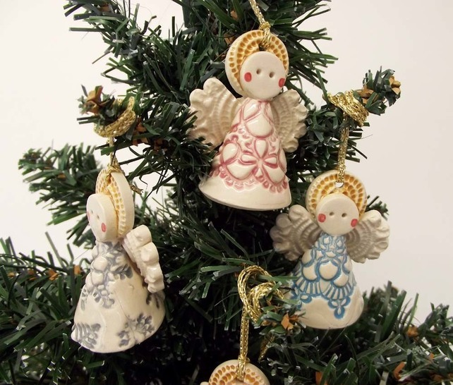 Ceramic angel christmas decoration dottery pottery for Angel christmas decoration