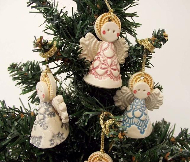 Ceramic angel christmas decoration dottery pottery for Angel christmas decoration