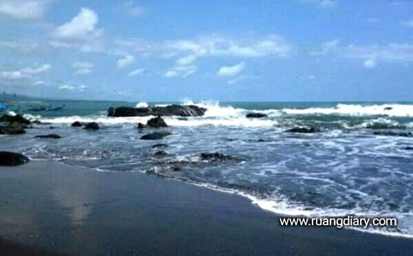 Review Pantai Jayanti Cianjur Foto Wisata Harga Tiket