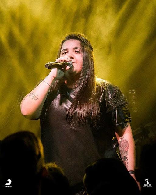 Yasmin Santos Photos