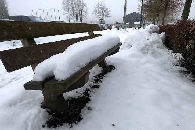 Does it snow in Belgium?