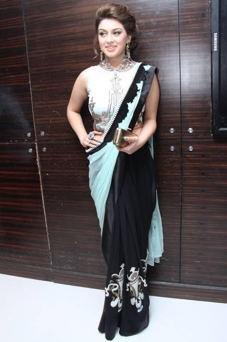 Indian Actress Hansika Motwani Hip Stills In Black Saree