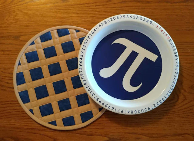 Pi Day pie plate hot pad mini tutorial by Slice of Pi Quilts
