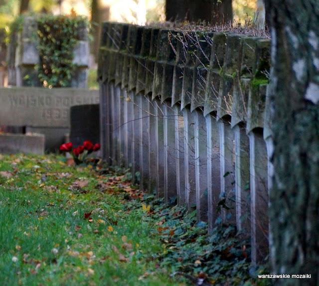 Powązki Powązkowska Warszawa Warsaw nekropolia Żoliborz groby żołnierzy wojskowi