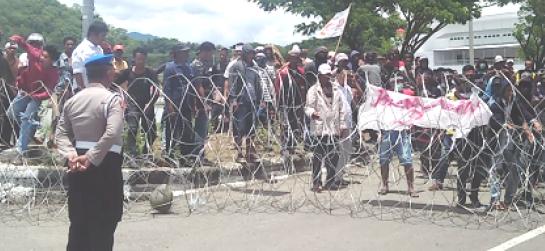 Komisioner Panwaslu dan KPU Luwu Dievakuasi Karena Ini