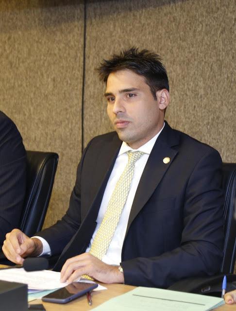 PL de João Paulo Costa torna obrigatório hospitais informarem MPPE sobre menores de idade atendidos por alcoolemia