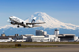 Alaska Airlines 737 departing from SeaTac