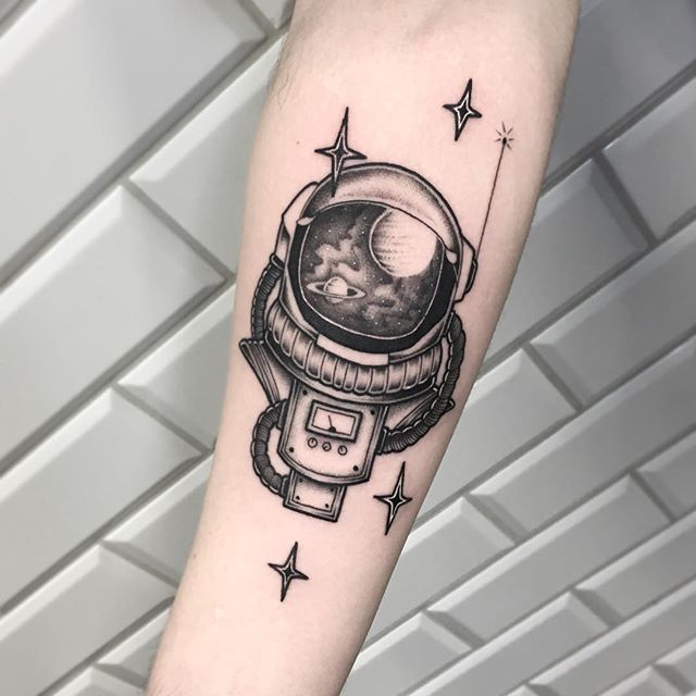 full arm astronaut helmet tattoo