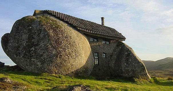 Here Are The 17 Most Magical Houses In Entire World I Would Live 6 Without A Doubt