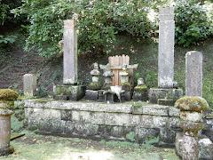 妙本寺:比企一族供養塔