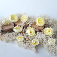http://www.scrappasja.pl/p16933,shk-15-kwiaty-materialowe-jasnozolte.html