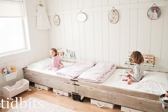 Aesthetic Oiseau: Sweet Vintage Girly Shared Bedroom