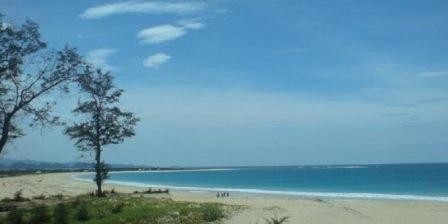 Pantai Ujong Batee pantai ujong batee aceh pantai ujung batee aceh pantai ujung batee banda aceh