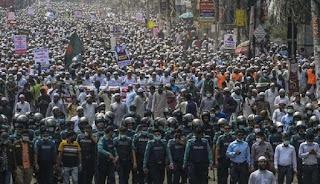 Demo Anti-Prancis, Puluhan Ribu Warga Bangladesh Turun ke Jalan