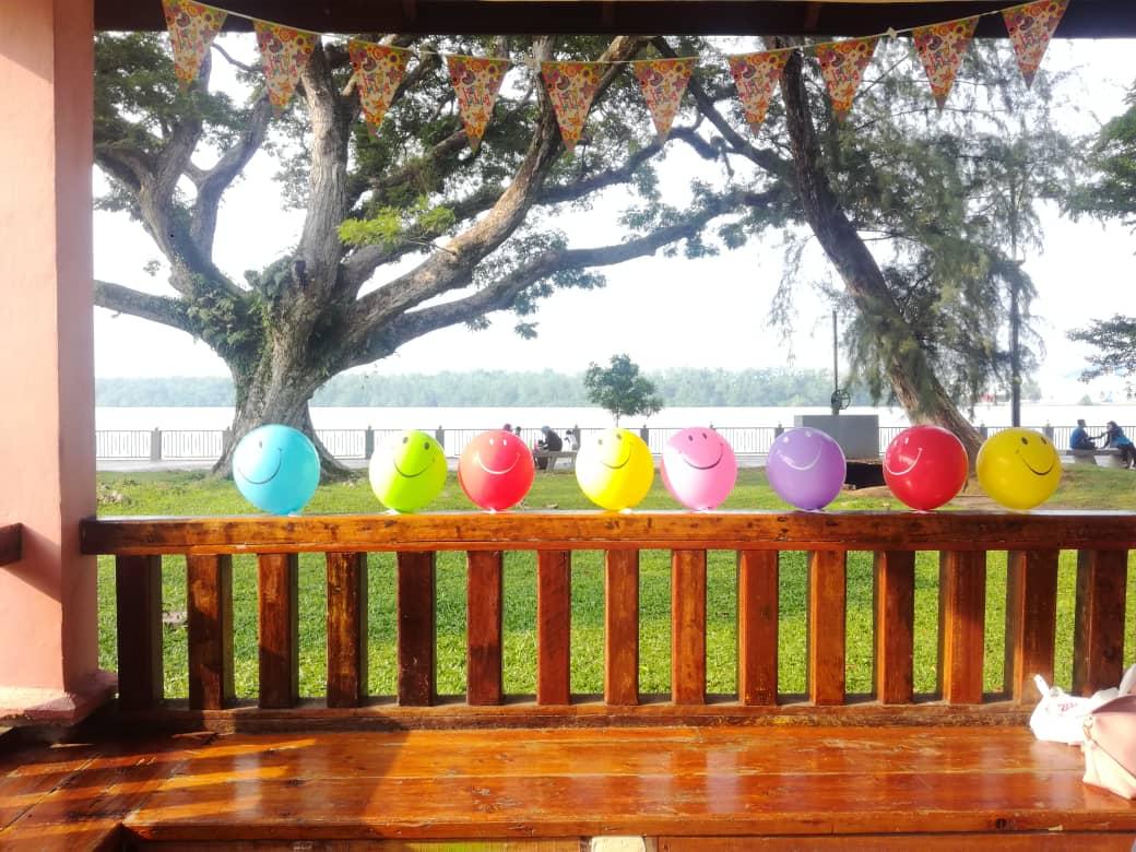 Sambut Birthday Mak ke 60 di Taman Tanjung Emas.