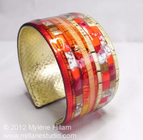 Mosaic Friendly Plastic Cuff coated with EnviroTex Lite resin