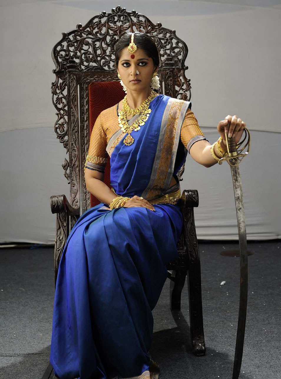 Anushka Shetty Hot Cinema: Anushka Shetty In Telugu And