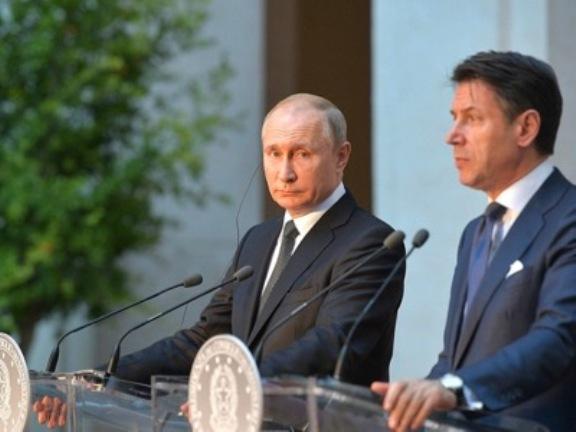 A Farsa das Relações com a Rússia