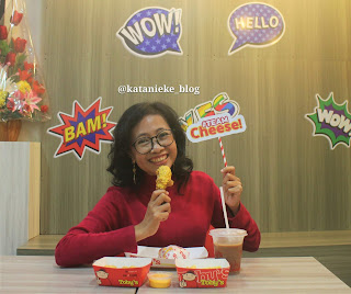 Tobys adalah brand lokal waralaba ayam goreng asal Surabaya
