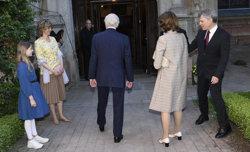 Queen Silvia wore a brown coat and dress from Newhouse Halifax at the Stockholm Early Music Festival 2021