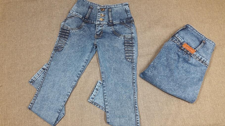 Modelo # 31 Pantalon Tono Piedra