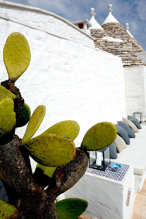 Restored trulli in Puglia by Azzurra Garzone Architects