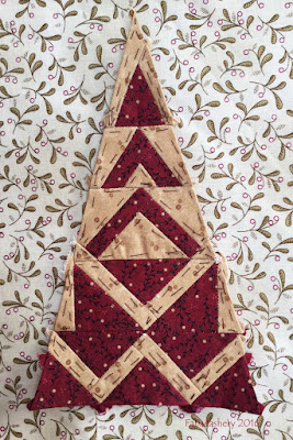 Dear Jane Quilt - Border Triangle Block RR12 Linda's Church in the Valley