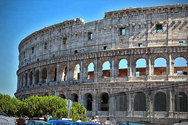 The Top 5 Beautiful Places in Italy, Rome, Rome Colosseum, Ancient Colosseum, capital of Italy, Milan, Verona, Florence