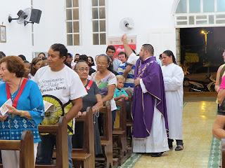 Imágens da Missa de Quarta Feira de Cinzas na Matriz de Almino Afonso
