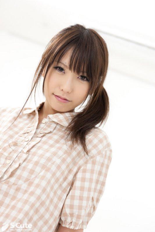Japanese Girl Loses Virginity