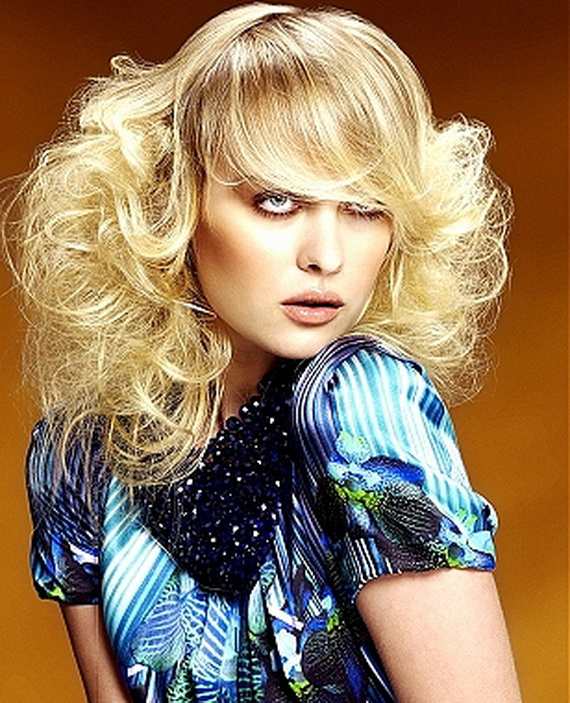 The Fashion Time: Cute Curly Hairstyles Pictures