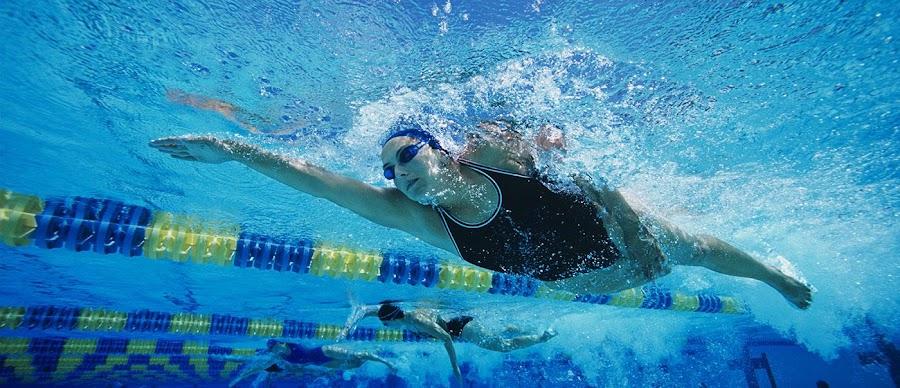 La natación es una buena recomendación para problemas de la espalda