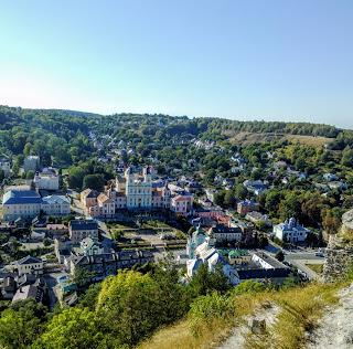 Кременець. Тернопільська обл. Вигляд з Замкової гори на пам'ятки і історичні місця