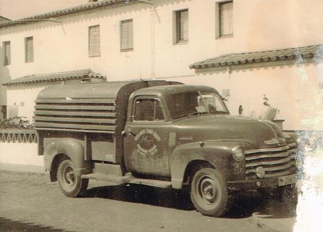 Otra Chevrolet Pickup reconvertida a pescatero - Històries del Transport de Catalunya