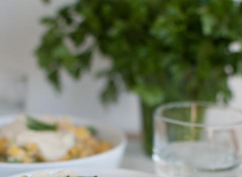 Makaron w kremowym sosie kalafiorowym (wegańskim)