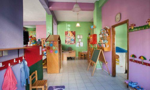 Άρχισε η υποβολή αιτήσεων δημοσίων υπαλλήλων και άλλων δικαιούχων για χορήγηση voucher που θα χρησιμοποιηθούν για φιλοξενία των παιδιών τους σε βρεφονηπιακούς και παιδικούς σταθμούς.