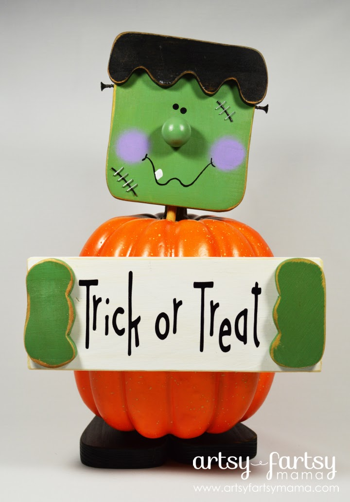 Frankenstein Pumpkin at artsyfartsymama.com #Halloween