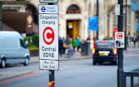 congestion charge sign road london