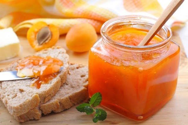 How to make apricot jam without sugar