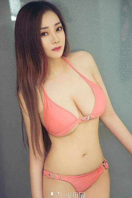 Hot and sexy photos of beautiful busty asian hottie chick Chinese babe model Bai Xiao Bai photo highlights on Pinays Finest Sexy Nude Photo Collection site.