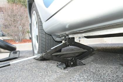 Menentukan Kapasitas  Jack ( Dongrak ) Sesuai Dengan Jenis Mobil Anda