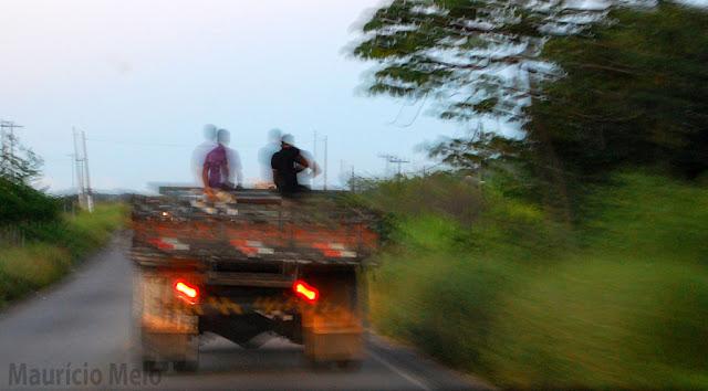 No balanço da insegurança, cabe ao trabalhador se segurar (crédito: Maurício Melo)