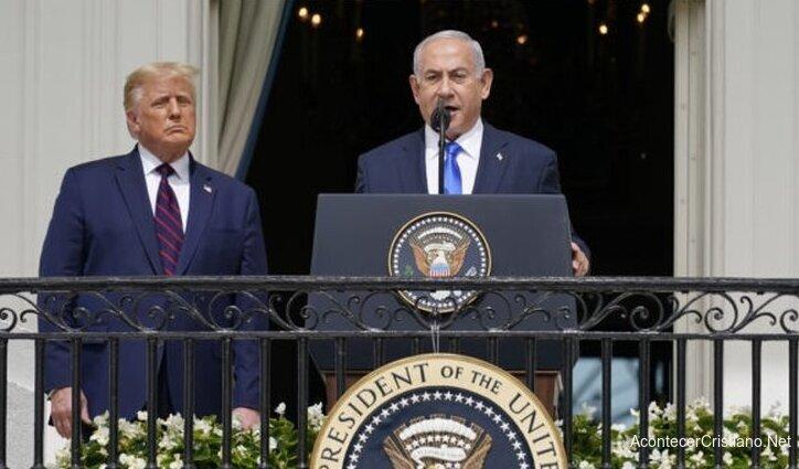 Netanyahu durante acuerdo de paz con países árabes en la Casa Blanca