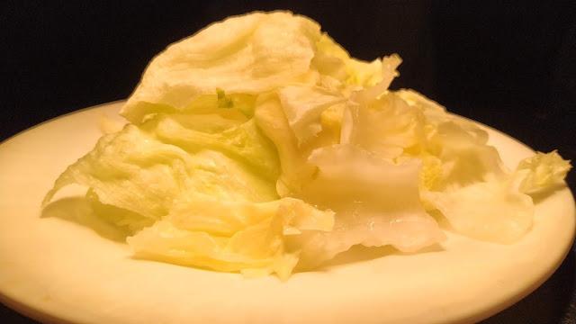 Few Iceberg lettuce For Greek salad Recipe