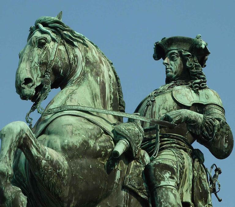 Eugênio de Saboia, monumento em Viena.