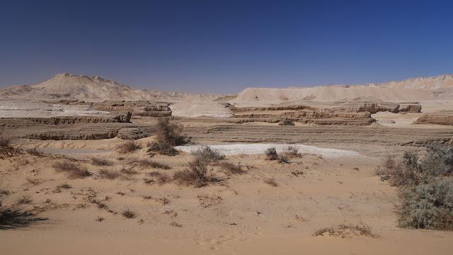 Sluts in Qasr Farafra